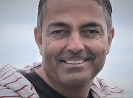 Eric La Reste z Kanady przedstawia potęgę stawiania czoła. Spotkanie online